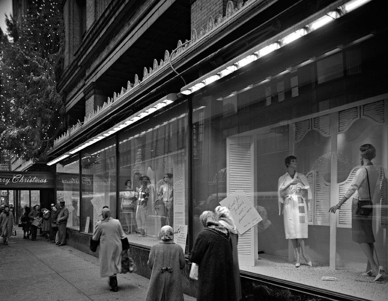 Display windows at Stewart's (1960)
