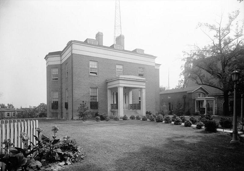 Upton (1936)