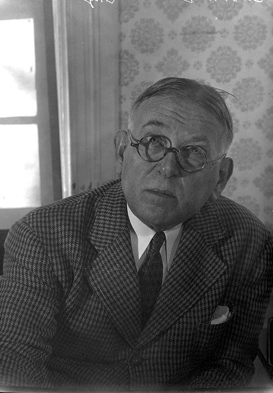 H.L. Mencken (1947)