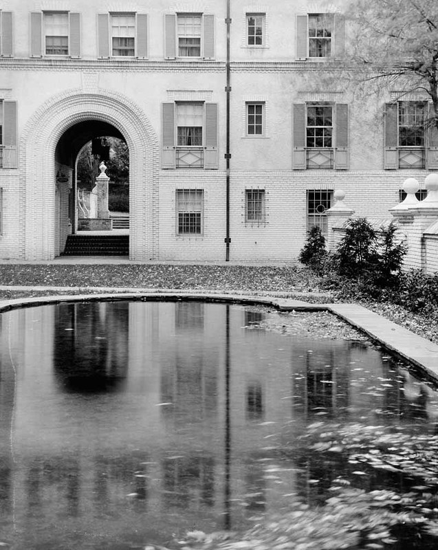 Roland Park Apartments (1926)