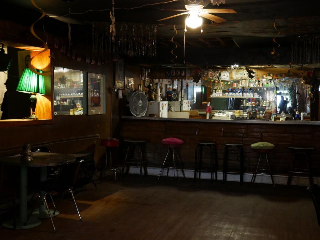 Bar, Musicians' Union 453 (2015)