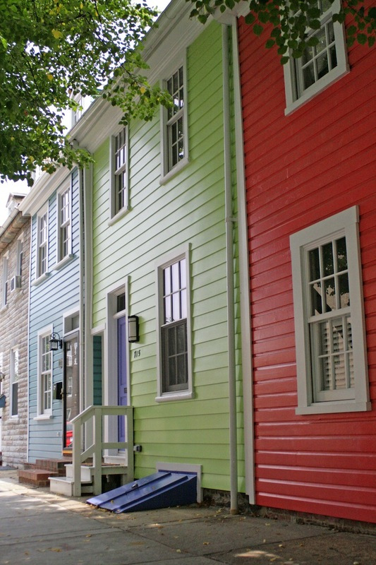 715 S. Ann Street (2012)