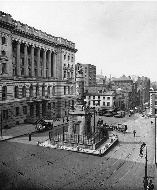 Monument Square (1900)