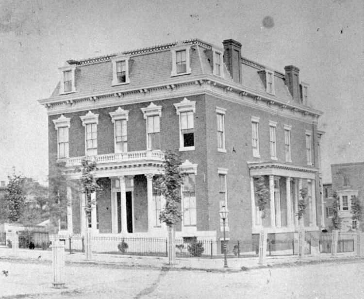 Sellers Mansion (c. 1800)