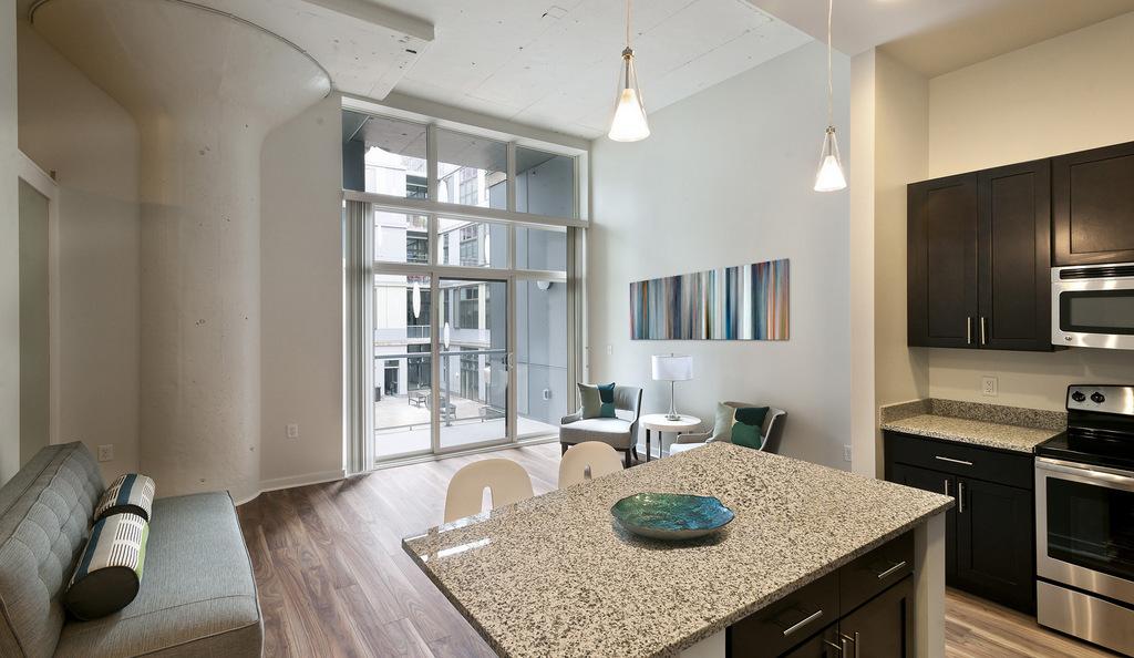 Apartment, 520 Park (2014)