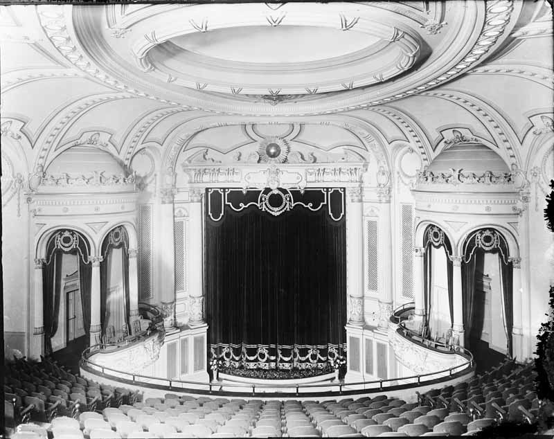 Parkway Theatre Interior (1915)