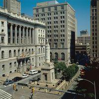 Monument Square (2001)